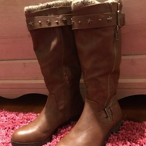 Women's size 9 M knee-high leather boots euc brown